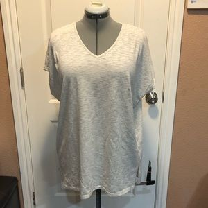 Alice & You V-Neck Shirt Size 18